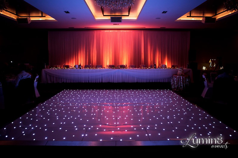 Backdrop - Classic 9m with orange mood lighting