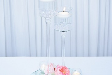 CP-Stemmed-Glass-Floating-Candle
